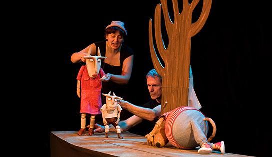 Los_7_cabritillos_y_los_3_cerditos_de_Elfo_Teatro_Teatro_150214_006